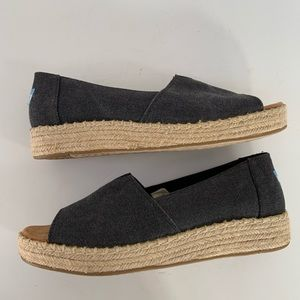 TOMS Peep Toe Espadrille Wedges Size 9.5